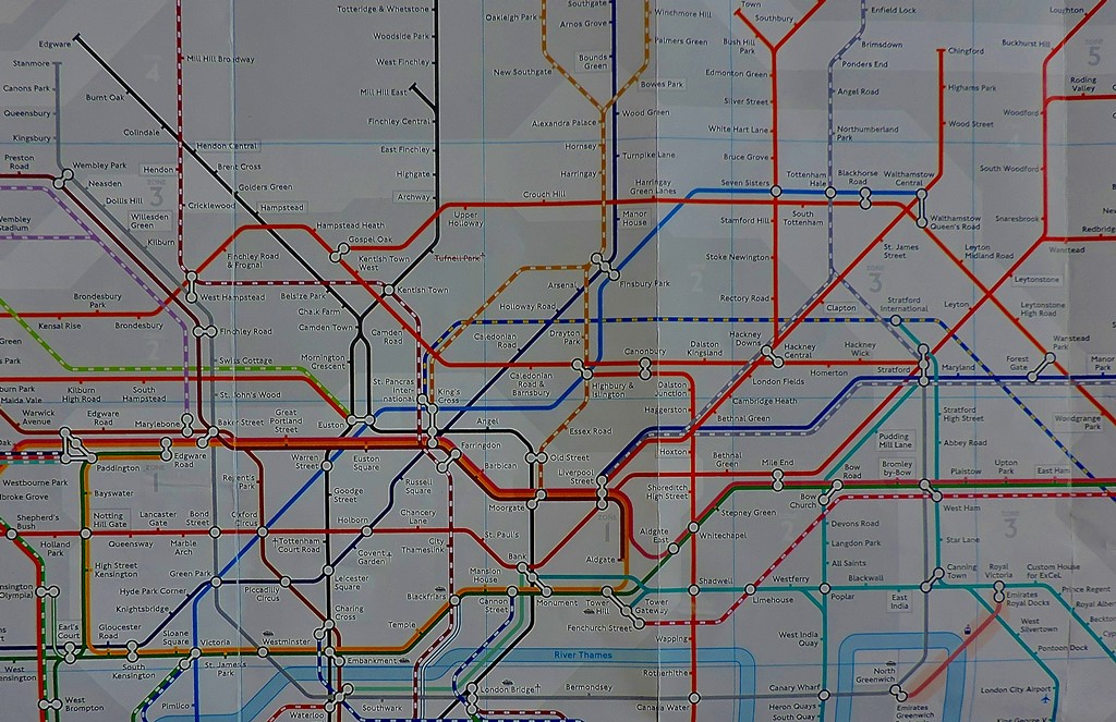 The Jubilee line and its current connections.
